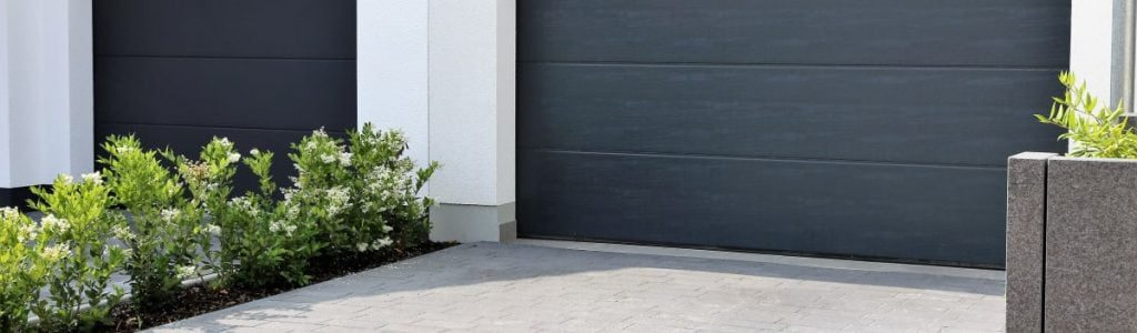 garagentor-fertiggarage-garage-beton-betonfertigteile-garagen-aus-beton